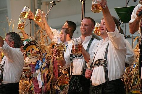 Oktoberfest 1.jpg